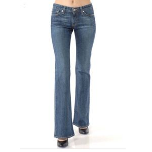 NWT AG The Club Well fitted flare Jeans 29R